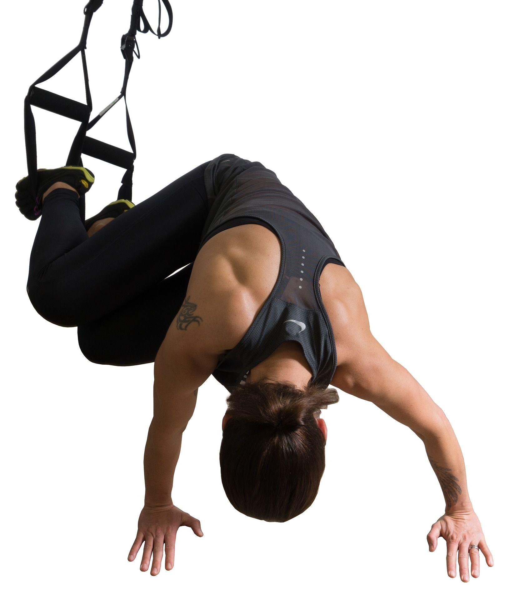 TRX trénink - jedny popruhy a máš doma celé fitko